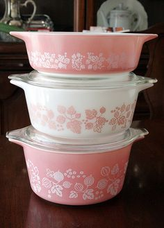 I own the smaller two dishes!  I think I need the other on to make the collection complete!!!!    Vintage Pyrex Pink/White Gooseberry from the 50s