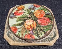 Vintage french art deco bakelite powder compact 1920