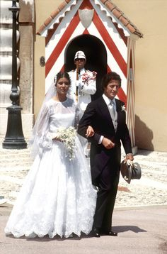 Carolina di Monaco e Philippe Junot Monaco Princess, Royal Princess, Princess Wedding, Princess Charlene, Royal Brides, Royal Weddings, Famous Wedding Dresses, Wedding Gowns, Lady Diana