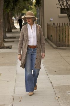 trends come and go, but true style is ageless — <outfit post> groovy tuesday denim. Mature Fashion, Older Women Fashion, 60 Fashion, Fashion Over 50, Winter Fashion, Fashion Outfits, Womens Fashion, Fashion Trends, Cheap Fashion