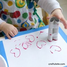7 Easy Valentines Crafts for Toddlers 7 Easy Valentines Crafts for Toddlers – perfect for little ones! 7 Easy Valentines Crafts for Toddlers Preschool Valentine Crafts, Daycare Crafts, Valentines Day Activities, Valentines For Kids, Baby Crafts, Toddler Arts And Crafts, Valentine's Day Crafts For Kids, Crafts Toddlers, February Toddler Crafts
