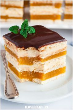 Delicacy cake with apples and cheese – I Love Bake – Pastry World Easy Cake Recipes, Sweet Recipes, Cookie Recipes, Dessert Recipes, Cute Desserts, No Bake Desserts, Delicious Desserts, Mini Eggs Cake, Polish Desserts
