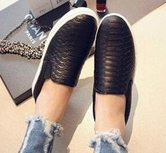Women's Slip-On Leather Casual Sneaker 2 Colors