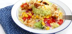 Burrito bowl - Lekker en Simpel Barbacoa, Guacamole, Crema Fresca, My Favorite Food, Favorite Recipes, Puerto Rican Recipes, Poke Bowl, Frijoles, Fabulous Foods