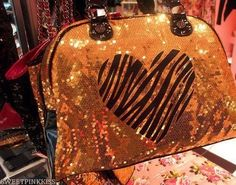 I love things that sparkle, especially when they have zebra print on them ;)