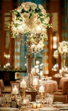 tall wedding centerpiece ~  we ❤️ this!