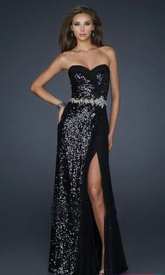 I love it except for the slit in the leg