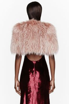 MARC JACOBS Dusty Rose Fur & silk Bolero #SupaSistaLatina #SupaDaily #Latina Siiiiiii!