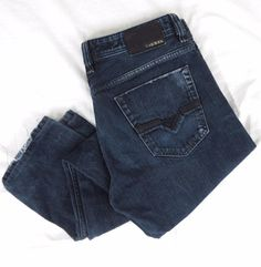 DIESEL Viker Jeans 32 x 32 Classic Straight Leg 008XB Dark Blue Denim Button Fly #DIESEL #ClassicStraightLeg