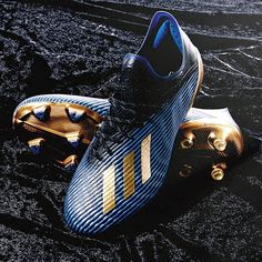 As part of the adidas Inner Game pack the X 19 has received a stunning black, blue and gold dressing, giving the next-gen speed silo its second colourway and one that is certain to be on any list of most desirable boots currently available. Adidas Soccer Boots, Nike Boots, Adidas Football, Nike Soccer, Cool Football Boots, Football Shoes, Football Cleats, Football Players, Messi