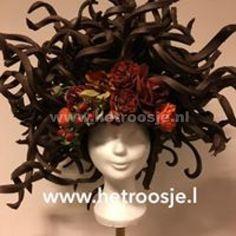 http://www.hetroosje.nl/files/thumb/748/1024/768.jpg
