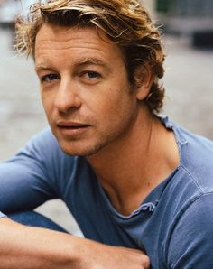 "Simon Baker - ""Devil Wears Prada"", ""Margin Call"", ""The Mentalist"" (TV serie)"