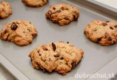 Freshly baked chocolate chunk and pecan nut cookies misc Mexican Vanilla Recipe, Vanilla Recipes, Chocolate Chip Pecan Cookie Recipe, Pecan Cookies, Pecan Nuts, Baking Sheet, Cookie Recipes, Food And Drink, Treats