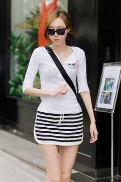 itsmestyle : star_style   Korean woman fashion online wholesale shopping mall; sports tee