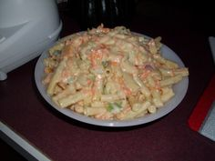 A recipe for Special Macaroni Salad made with macaroni pasta, green bell pepper, onion, carrots, vin Pasta Salad Recipes, Meat Recipes, Gourmet Recipes, Cooking Recipes, Healthy Recipes, Macoroni Salad, Mayonaise Recipe, Candied Lemons, Macaroni Pasta