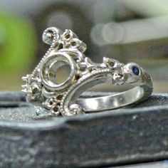 Novell Design Studio - Custom jewelry design from start to finish