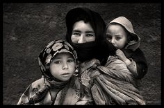 Nomads - Mother & Babes