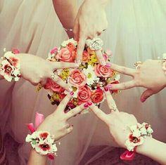 Cutie madiha Stylish Girls Photos, Stylish Girl Pic, Girl Photos, Cute Girl Photo, Cool Girl, Beautiful Roses, Beautiful Images, Mhndi Design, Friendship Signs