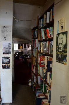 Serendipità: Bookfinders cafè & bookshop a Belfast #belfast #irlandadelnord #northernireland #serendipity #serendipità #bookshops #librerie #booknerds #books #libri