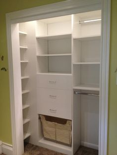 Reach in closet office walk in 51 ideas Closet Renovation, Closet Remodel, Bedroom Closet Design, Closet Designs, Small Closet Design, Reach In Closet, Closet With Island, Build In Closet, Small Closet Organization