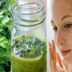 Nuevos descubrimientos del aceite de coco. – La Guía Saludable Pickles, Cucumber, Mason Jars, Coco, Vestidos, Skin Cream, Wash Hair, Skin Care, Puffy Eyes
