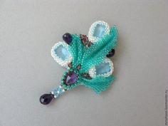 Купить Пасха - голубой, зелёный, фиолетовый, бутоньерка, брошь, цветы, Пасха, пасхальный сувенир