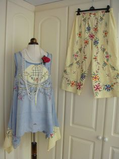 Beautiful Lagenlook Vintage Embroidered Blue by PrettyUnusuall