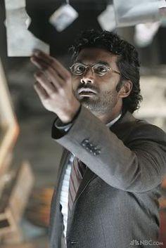 mohinder suresh heroes - Sendhil Ramamurthy