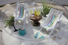 RESERVED FOR AUDREY - Miniature Beach Vacation with tropical drinks, flip flops, and sunglasses by Landscapes In Miniature Beach Fairy Garden, Fairy Garden Houses, Mini Mundo, Dish Garden, Little Gardens, Fairy Furniture, Beach Gardens, Cactus Y Suculentas, Beach Crafts