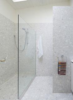 Foomann   Architecture + Design | Haines Street, North Melbourne,  Minimalist Terrazzo Tiled Bathroom. Terrazzo FliesenBegehbare Dusche Italienische ...
