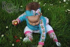 Schnabelinas Regenbogenbody und Stulpen von rosarosa aus Bio Baumwolljersey 'Drachenmädchen rosa' und 'Streifen blau/helltürkis' von Stoffonkel