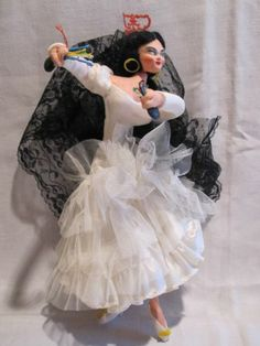 1950s LAYNA Spain cloth doll Spanish Flamenco Carmen white dress & castanets