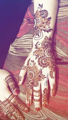 Khafif Mehndi Design, Floral Henna Designs, Back Hand Mehndi Designs, Latest Bridal Mehndi Designs, Mehndi Designs Book, Mehndi Designs 2018, Mehndi Designs For Beginners, Modern Mehndi Designs, Mehndi Design Pictures