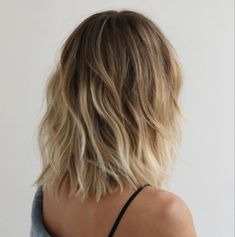 #haircut #livedinhair #anhcotran #milbonhair #milbonpro #haircolor #haircare #hairlength #beauty #style #bridalhair #bridalbeauty #winterbeauty #haircutideas #hairstyles #haircuttypes #celebrityhair #celebrityhairstylist #hairtransformation #hairdresser #cut #color #hairinspo #midlegth #layers #newhair #newhaircut #fall2020 #hairmakeover Messy Haircut, Lob Haircut, Woman Haircut, Bob Hairstyle, Medium Hair Cuts, Medium Hair Styles, Short Hair Styles, Blunt Haircut Medium, Hair Inspo