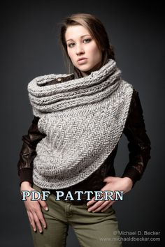 **Please note this is only pattern to knit your own cowl for personal use only.**  There are NO REFUNDS on patterns. The pattern is in English only.    If