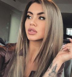 71 most popular ideas for blonde ombre hair color - Hairstyles Trends Hair Color And Cut, Haircut And Color, Olive Hair, Olive Skin Blonde Hair, Hair Dos, Balayage Hair, Gorgeous Hair, Pretty Hairstyles, Hair Trends