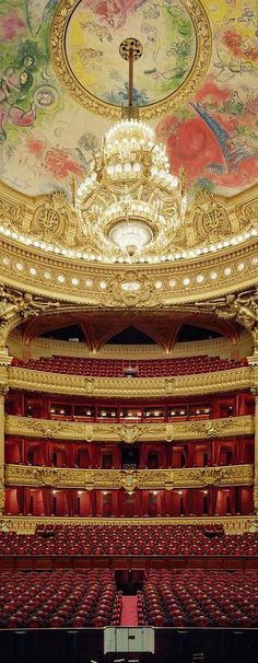 Opéra Garnier  JUST DIVINE....SAT ON FRONT ROW ONCE, WHAT AN EXPERIENCE, JUST ME AND THE ORCHESTRA