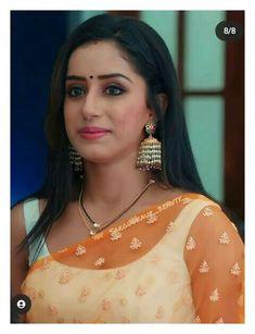 Indian Fashion Dresses, Beautiful Girl Indian, Sari, Drop Earrings, Film, Saree, Movie, Film Stock, Drop Earring