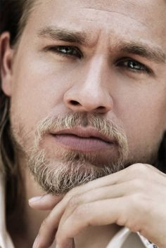 Charlie Hunnam | Ok, yeah, this just a beard appreciation pin... which, really, IS a part of Robert's appearance... >_>;