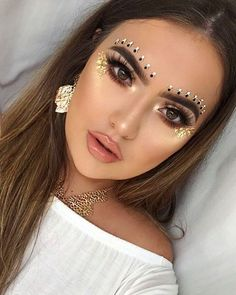 30+ Guide to Festival Makeup Ideas You Must Try