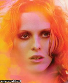 Always in awe of Miss Karen Elson....of course, because I'm in love with redheads.