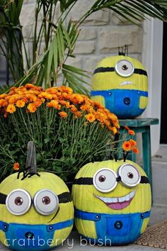 Halloween-Display-Minions