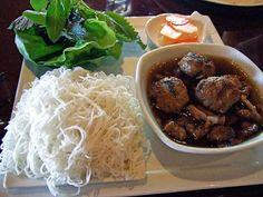 Bun Cha (vermicelli and grilled chopped meat) in Ha Noi - Around #Vietnam  #Hanoi #vietnam #travel #food