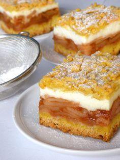"Bake & Taste: Apple pie shortcrust pastry (""the best in the world"") Polish Desserts, Polish Recipes, Food Cakes, Cupcake Cakes, Cookie Recipes, Dessert Recipes, Kolaci I Torte, Bowl Cake, Different Cakes"