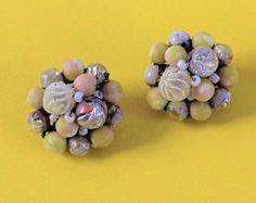 #vintagejapanesejewelry #yellow #clusterearrings #1960s #vintageearrings