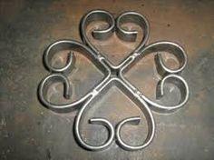 Resultado de imagen para figuras de portones de hierro