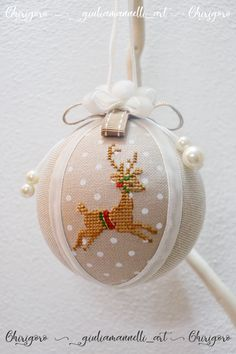 Christmas Berries, Christmas Makes, Christmas Cross, Christmas Diy, Family Ornament, Christmas Ornament Crafts, Christmas Decorations, Cross Stitch Embroidery, Cross Stitch Patterns