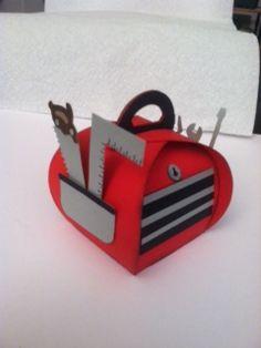 handmade paper box: Curvy Keepsake Box: My husbands toolbox Festa Hot Wheels, Cute Box, 3d Paper Crafts, Craft Box, Stamping Up, Keepsake Boxes, Box Design, Craft Fairs, Stampin Up Cards