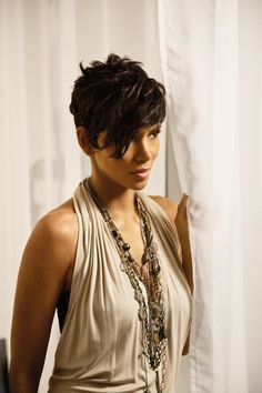 Halle Berry-hair, skin, fashion, flawless