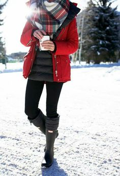 Snow Winter Mode Outfits, Winter Outfits Women, Winter Fashion Outfits, Autumn Winter Fashion, Casual Outfits, Cute Outfits, Fashion Ideas, Snow Fashion, Snow Boots Outfit